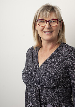 Photo of Ruth Pueltz, member of the Nicholsons Solicitors team